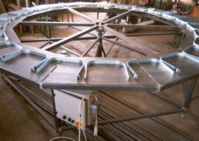 Karusel - 25 pozic , průměr 3200 mm, pro kontrolu parametrů kompresoru