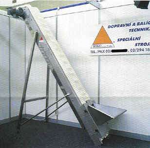 Pásový elevátor určený pro přímý styk potravinami